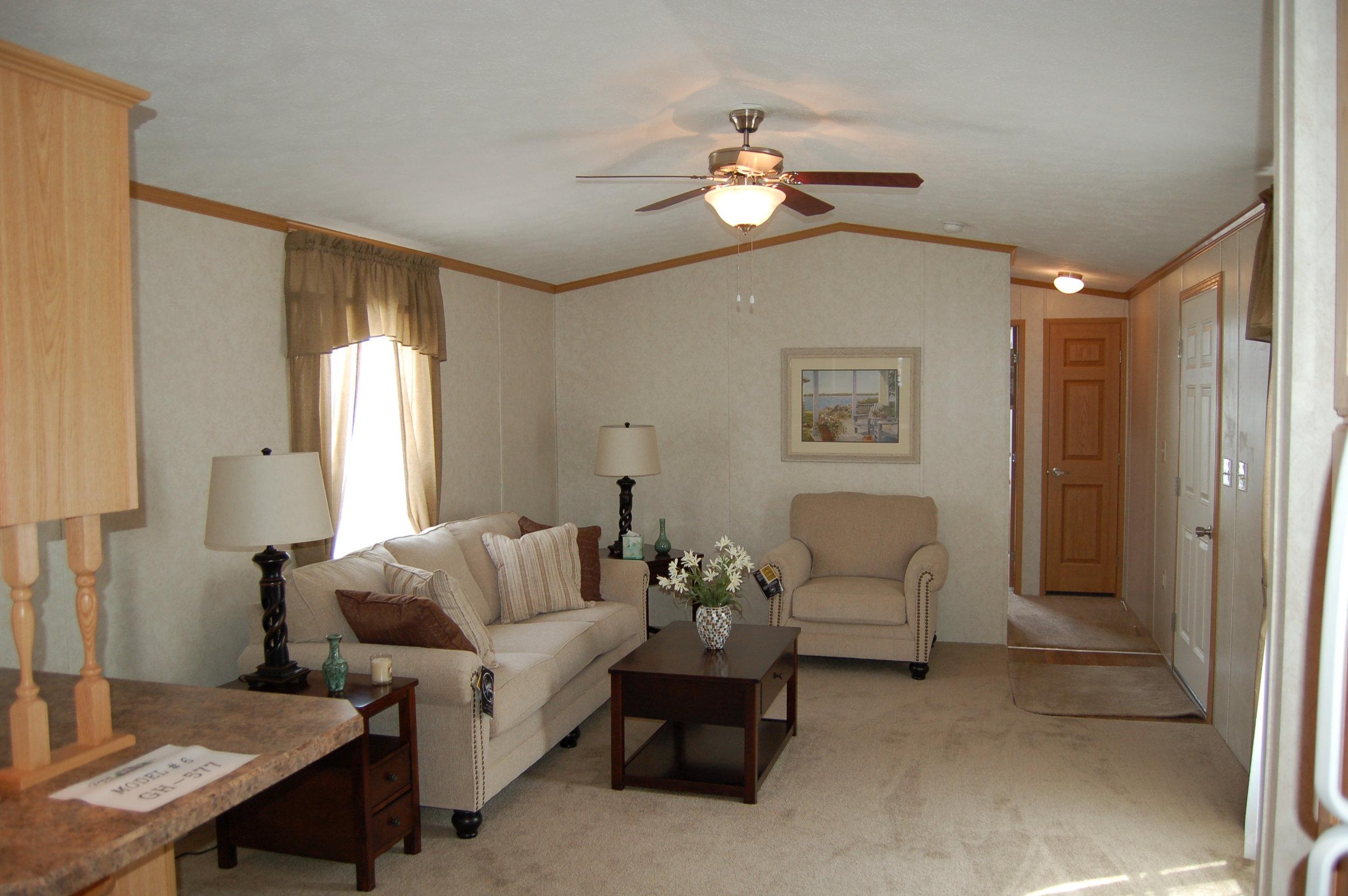 GH-577 Living Room.JPG