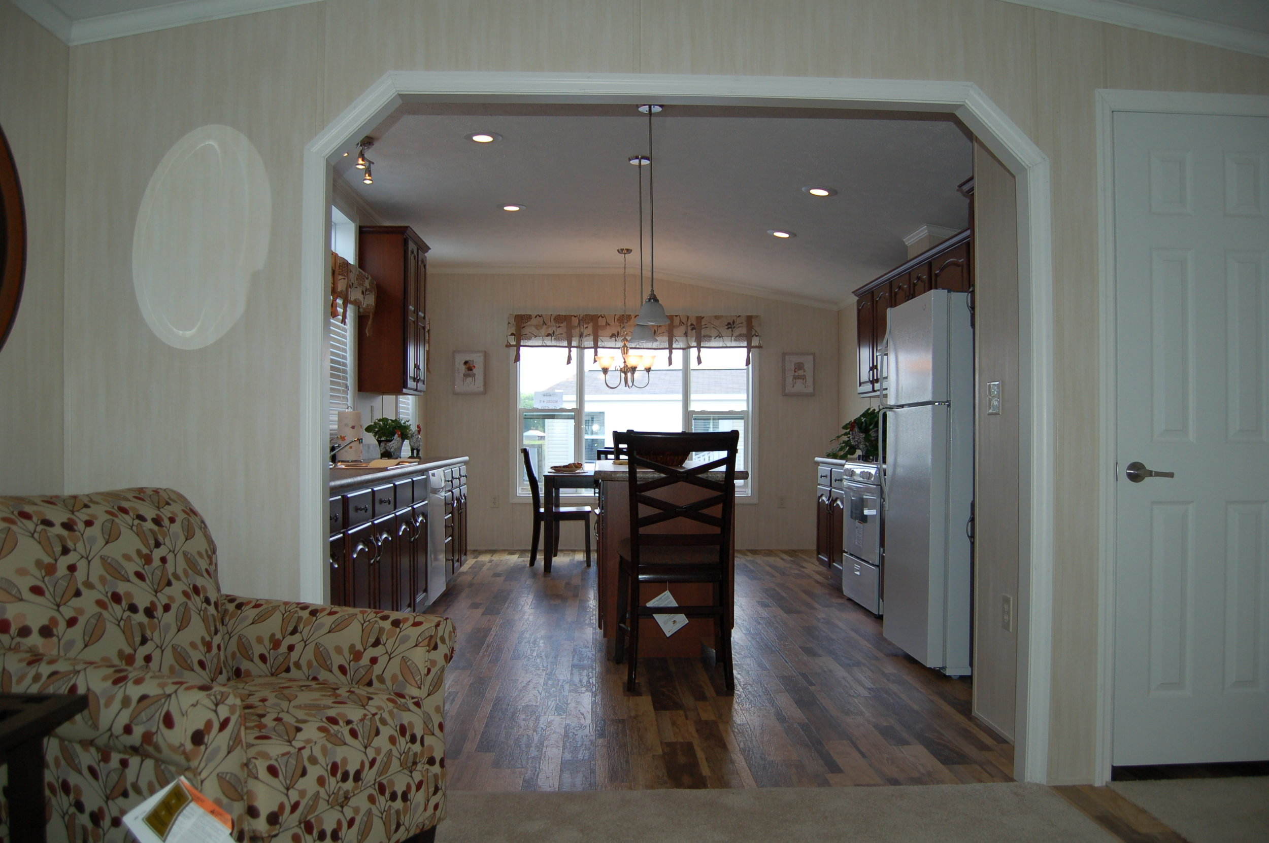 G-620 Kitchen-Living Room 1.JPG