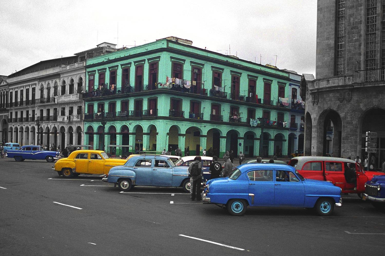 MikeShapiro_Cuba_Cars_02.jpg