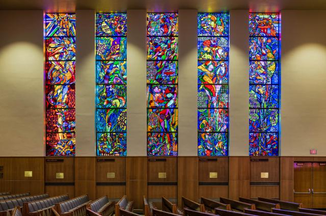Five of the ten stain glass windows, by Jacob Landau.  Photo from  kenesethisrael.org