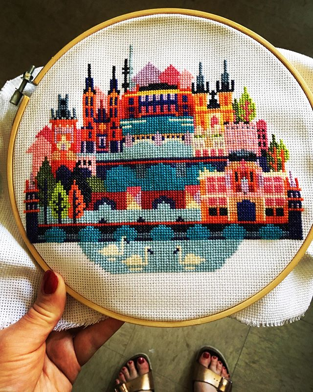 the line between hobby and addiction has grown a little thin 😬 #crossstitch #crossstitchersofinstagram #craftybitch #prague #owl #imighthaveaproblem
