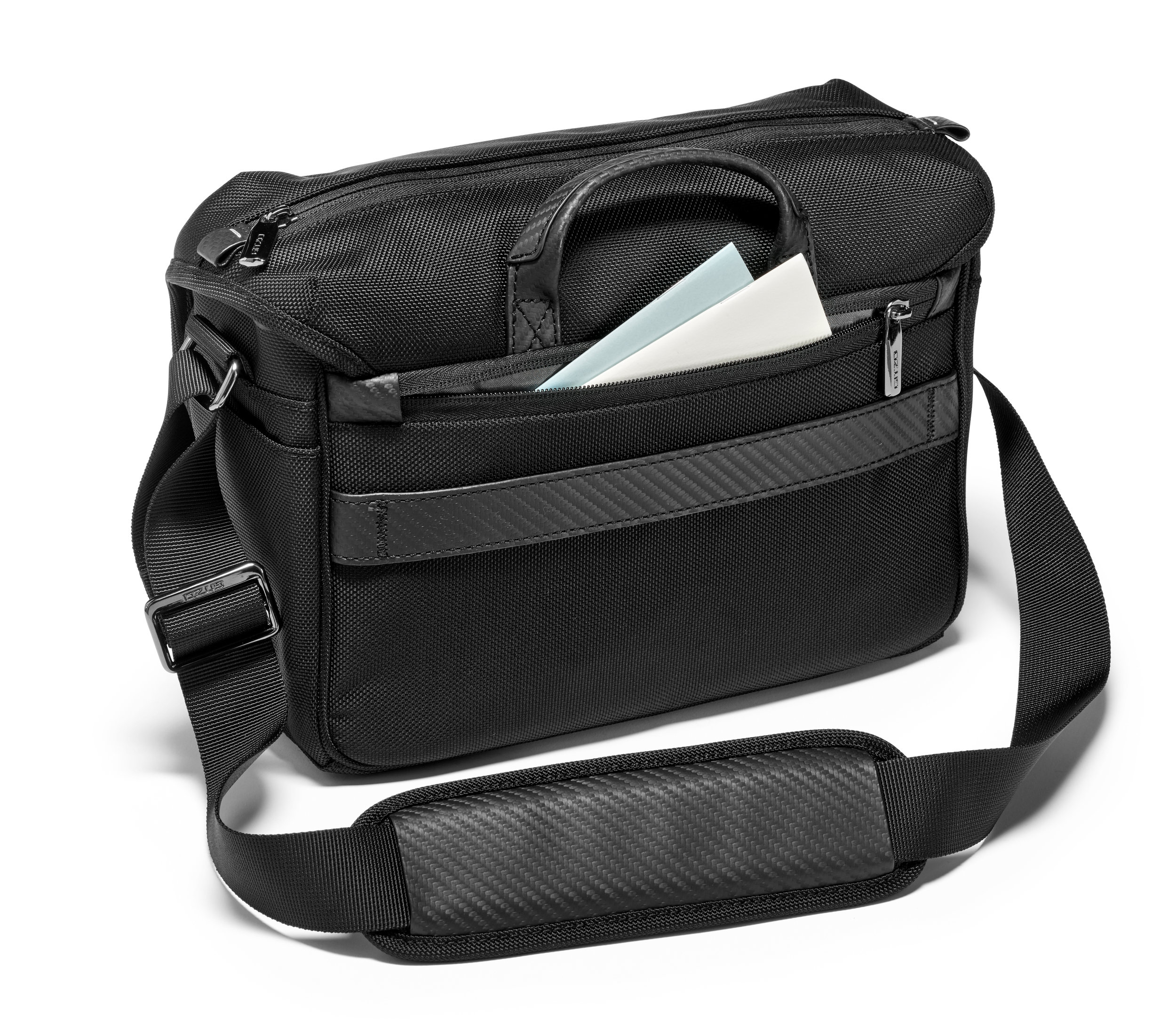 HR-GITZO_camera_bag_GCB100MS_back.jpg
