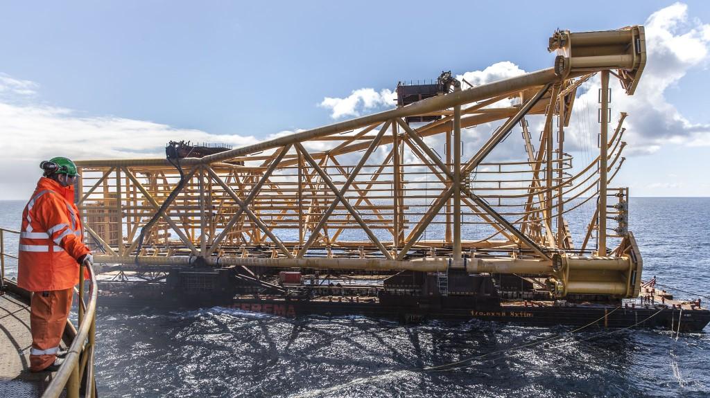 Store dimensjoner; 137 meter, nettovekt på 8 900 tonn