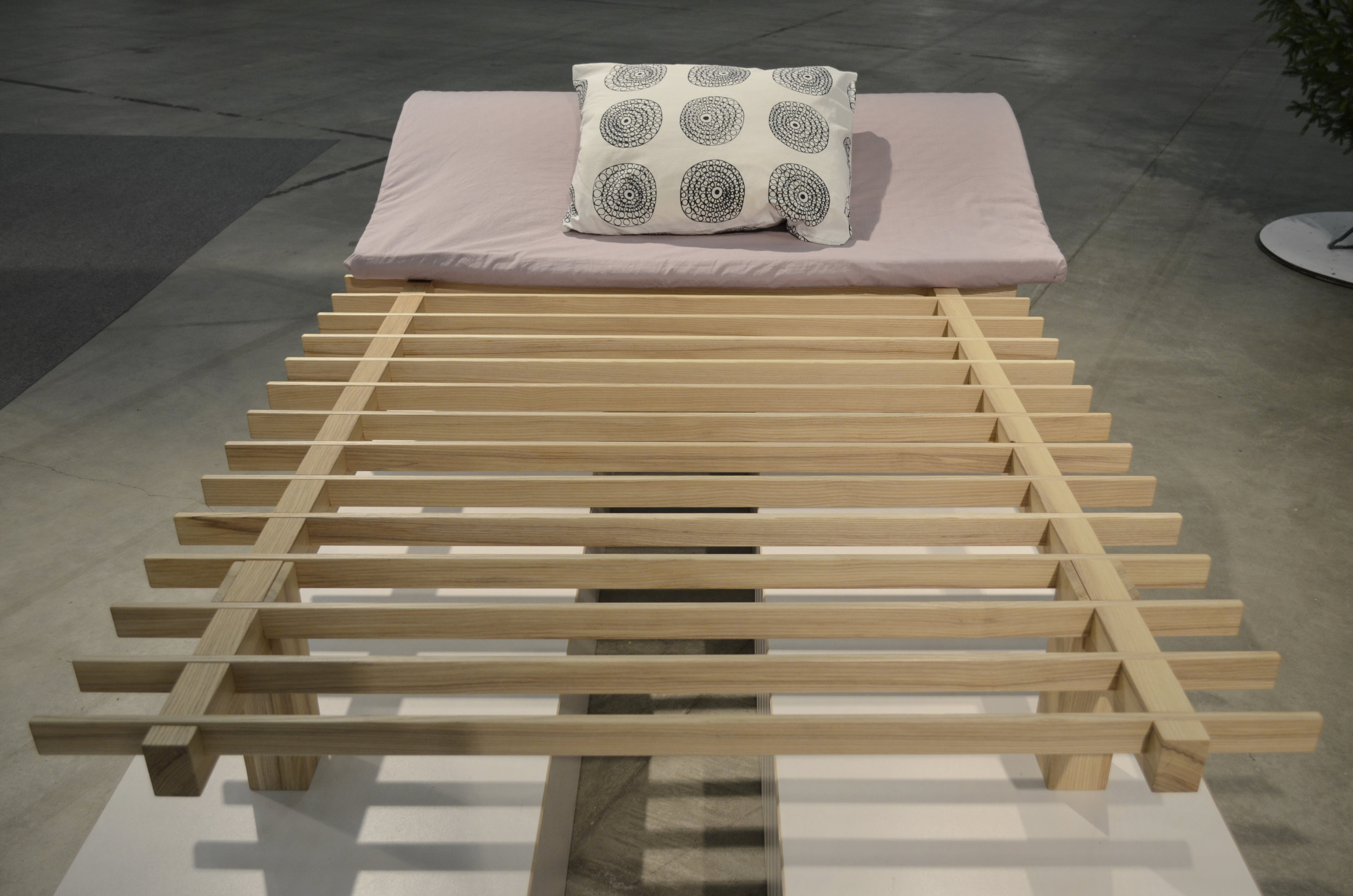 Aleksi Peltonen, SLEEPS-bed. Fair Foundations 1000€ award. For excellent use of wood: €1000 worth of PEFC-certified wood material granted by PEFC-Suomi and Fiskarsin Laatupuu Oy.