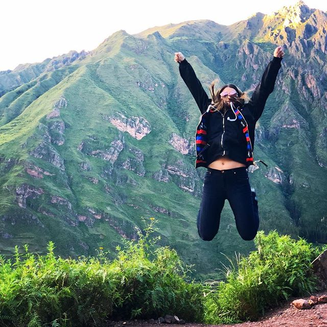 The @artisanalexp team arrived in Peru and this pretty much sums up the feeling. Follow along this week! ⛰ 📷: @marish1 . . . #artisanalexplores#artisanalexp #virtuosotravel#ovationvacations  #aktravel #Peru #adventuretravel #VamosLATAM#LATAMGram#OnlyInSouthAmerica