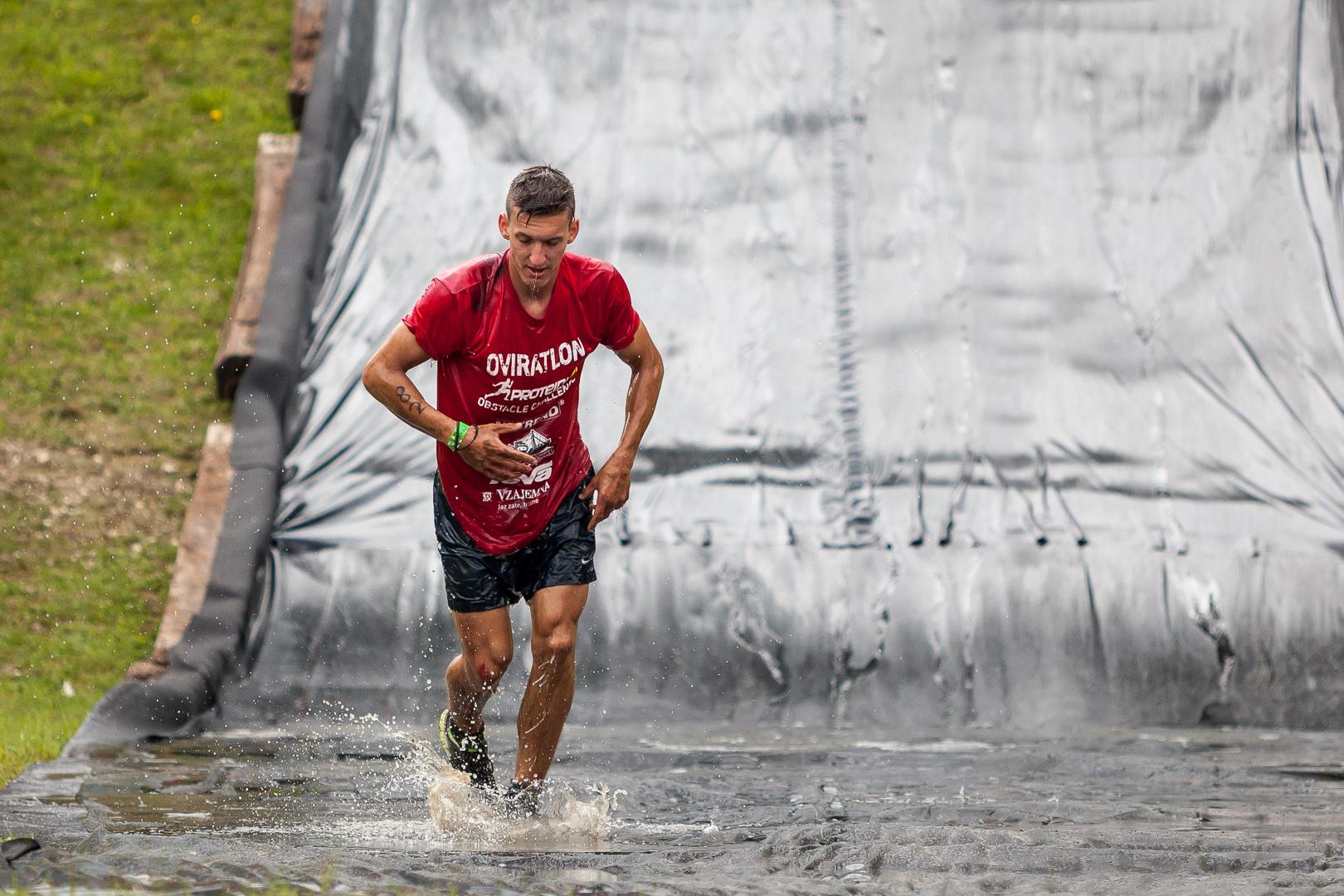 Oviratlon Obstacle Challenge
