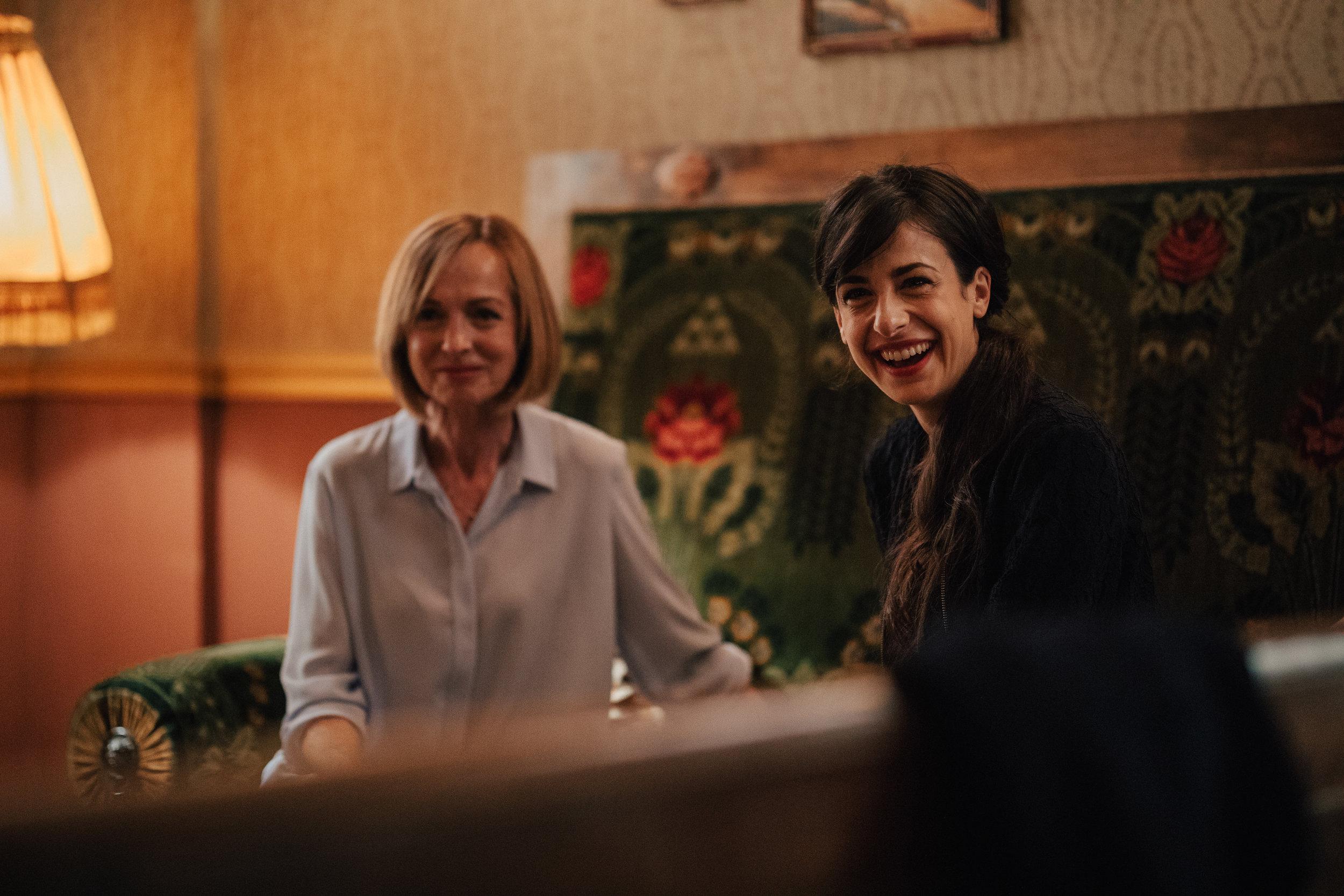 Bernarda Oman (Vida) and Lara Komar (Irena)