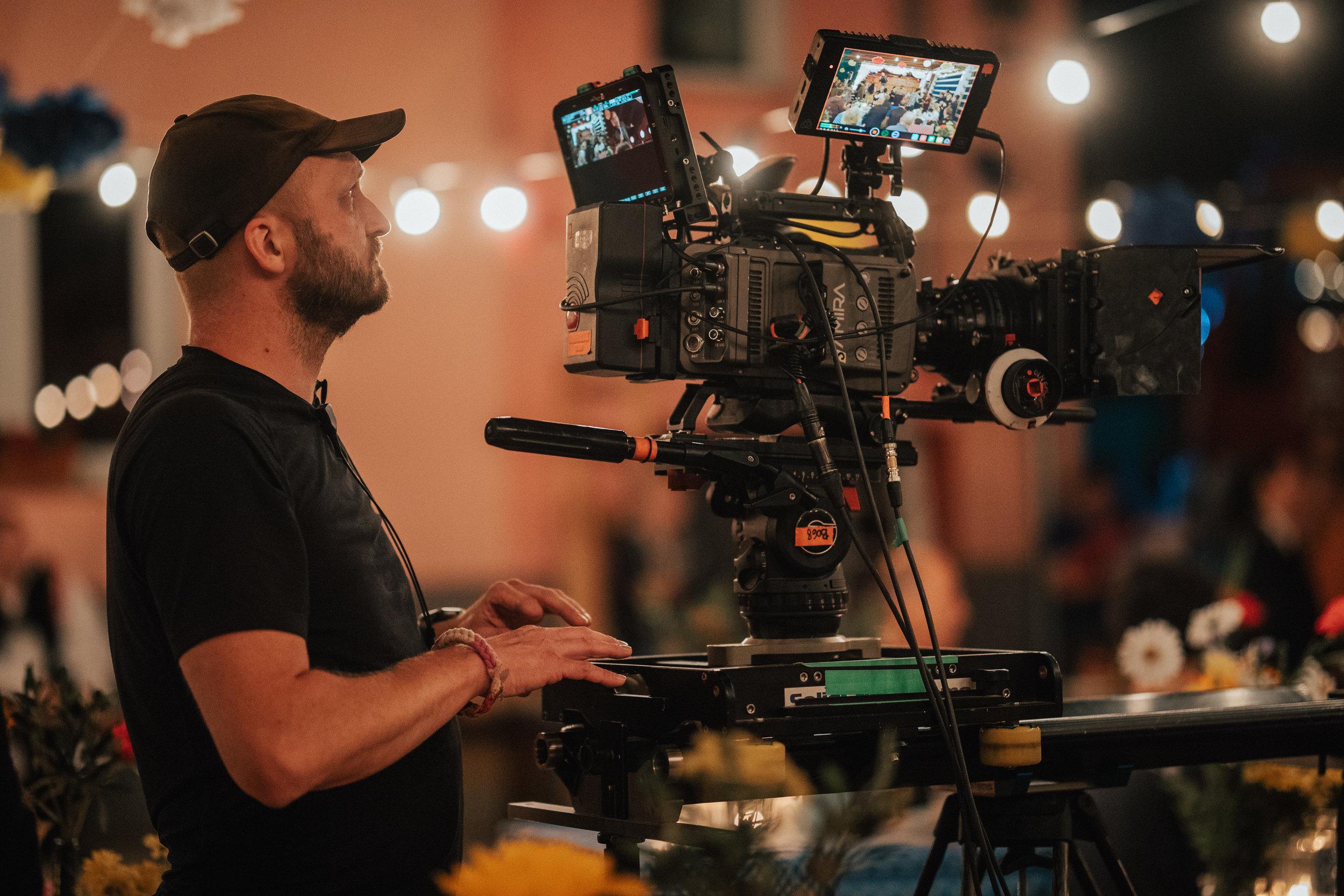 'Reka ljubezni' season 3 (2018)    Production: Perfo    Director: Nejc Levstik    DOP: Peter Prevec    In frame: DOP Peter Prevec