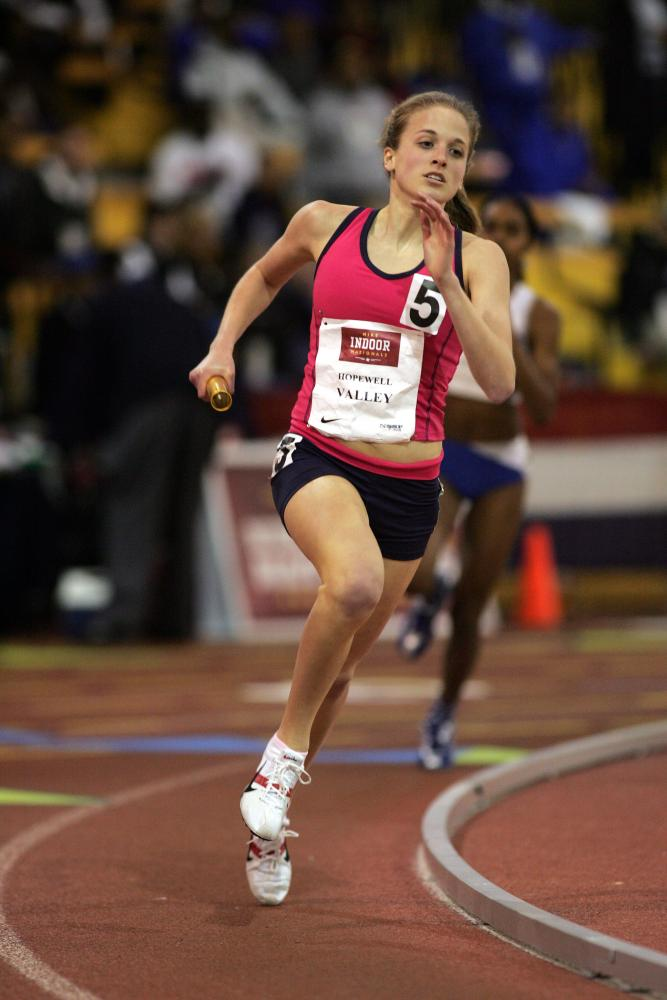 Anchoring the 2005 Nike Indoor National Champion Sprint Medley Relay Team