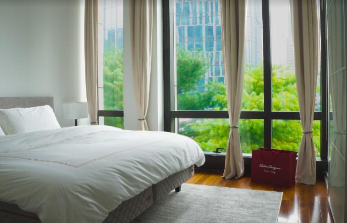 modern-bedroom-allie-brandwein-interior-design.png