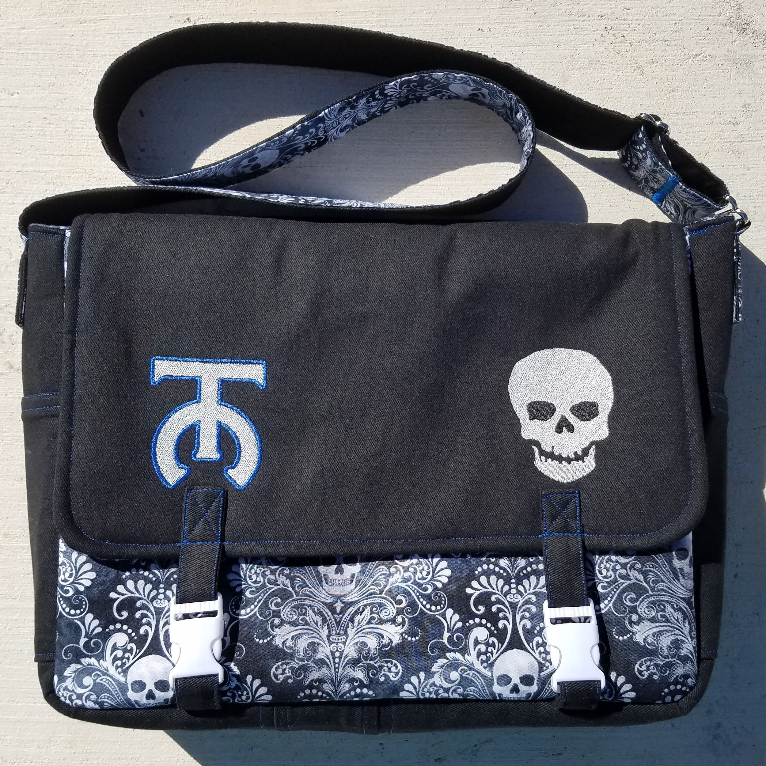 Tock Custom - Skull Bag