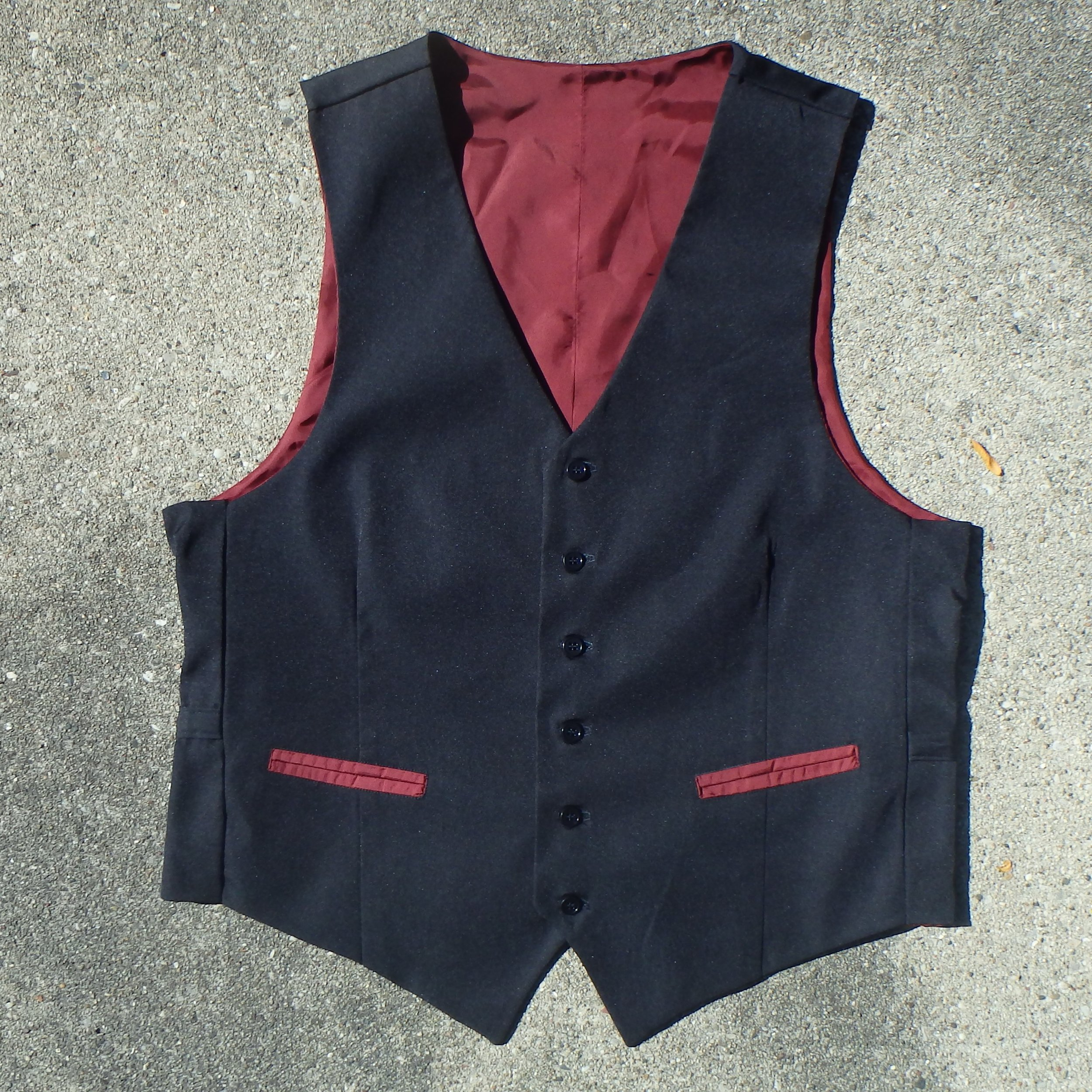 Tock Custom - Vest Red Lining.JPG