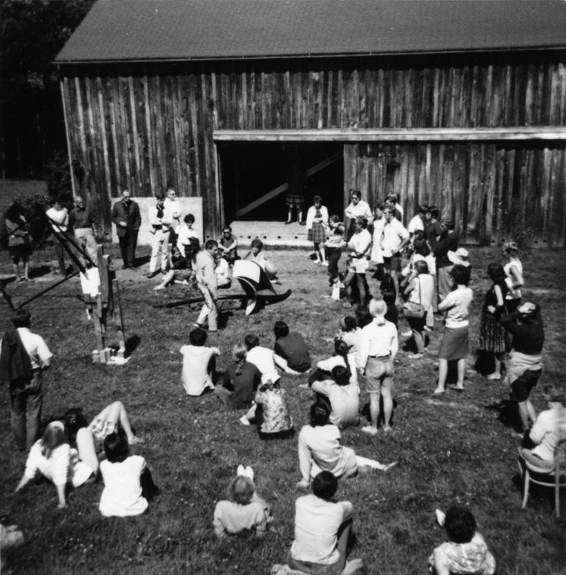 Group critique, 1966