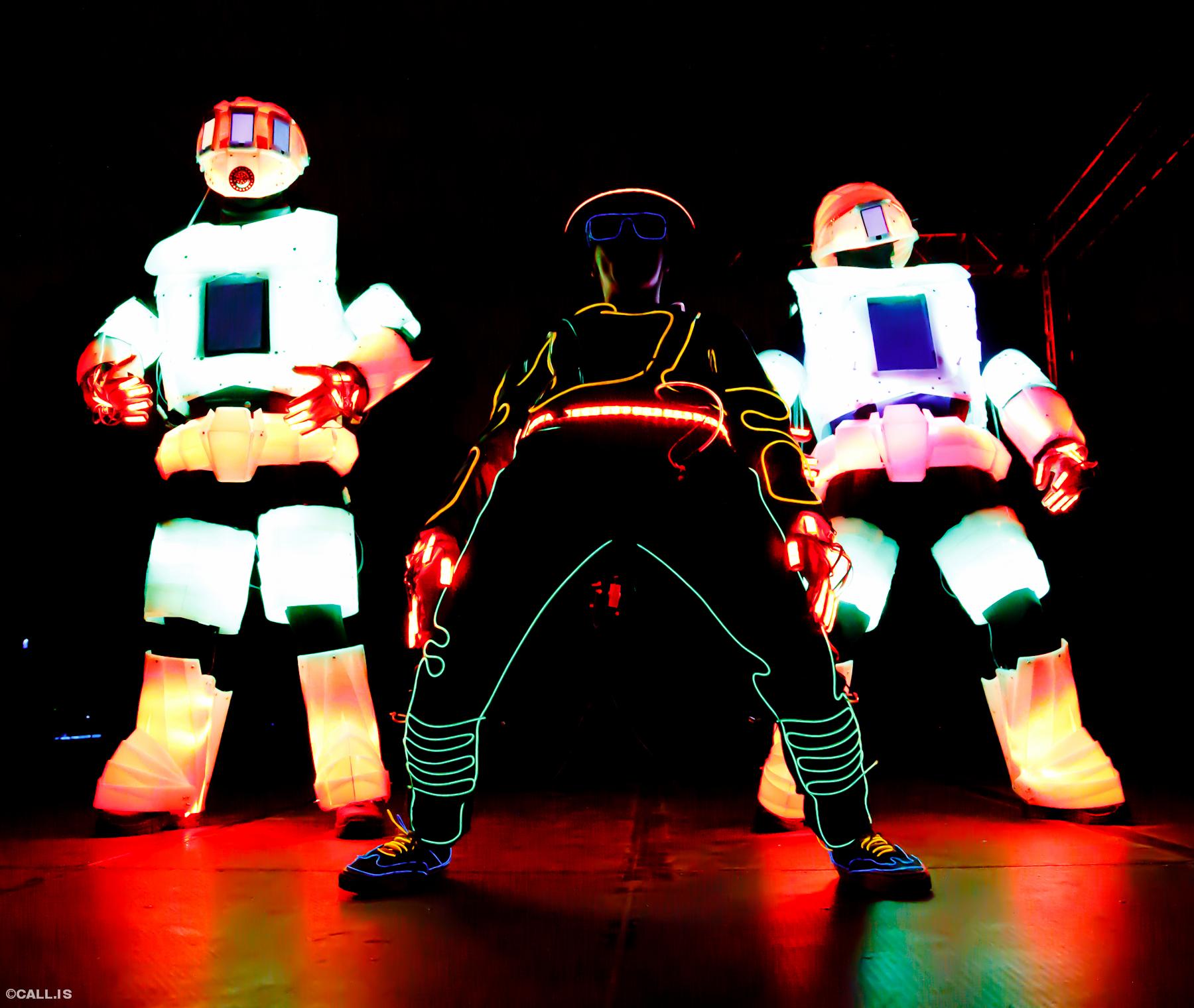 light robots bboys.jpg