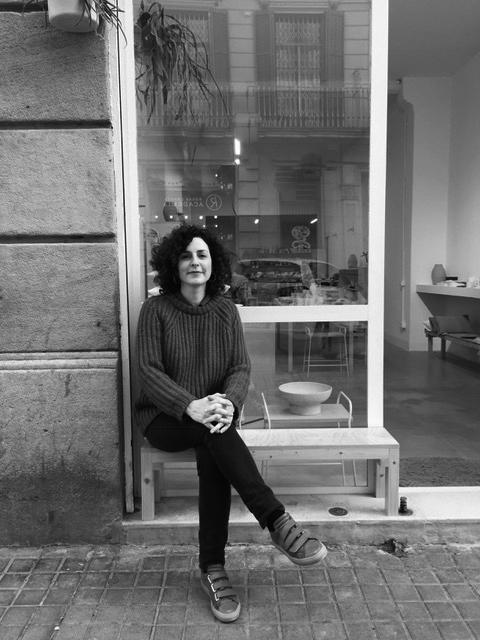 YOLANDA    Event Manager-Bcn   Diplomada en Turismo (CETT-UB) y Máster en Gestión Cultural (UB).  Después de trabajar con Air France durante 6 años en París vuelve a Barcelona donde trabaja como regidora de artistas y event manager con El Camerino desde el 2012.  Apasionada de la música, el cine, el diseño y la alimentación saludable.