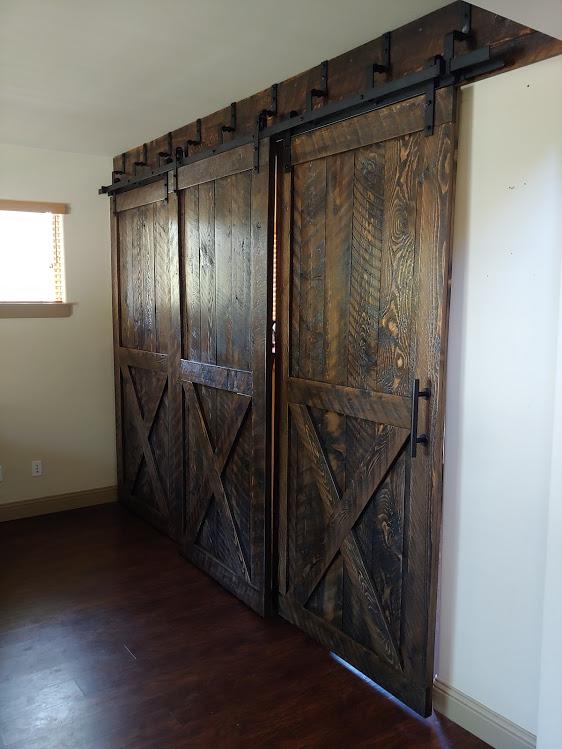 Sliding-barn-door-bypass-system-three-doors-bigskybarndoors.jpg