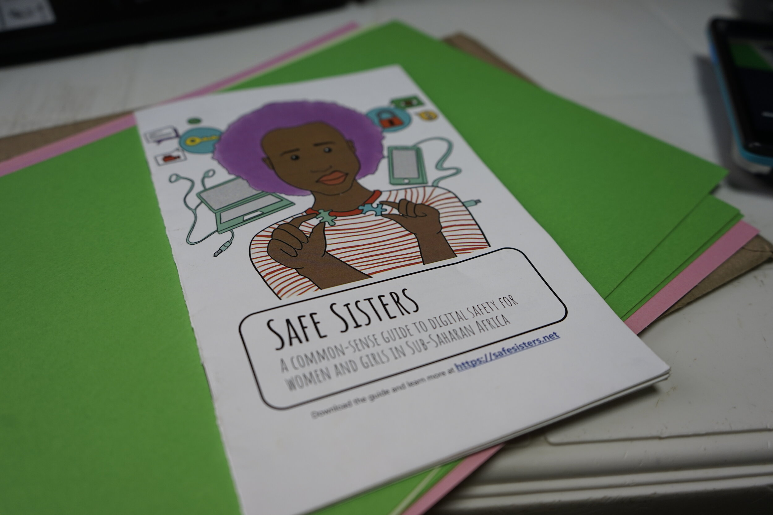 The Safe Sisters digital safety guide.