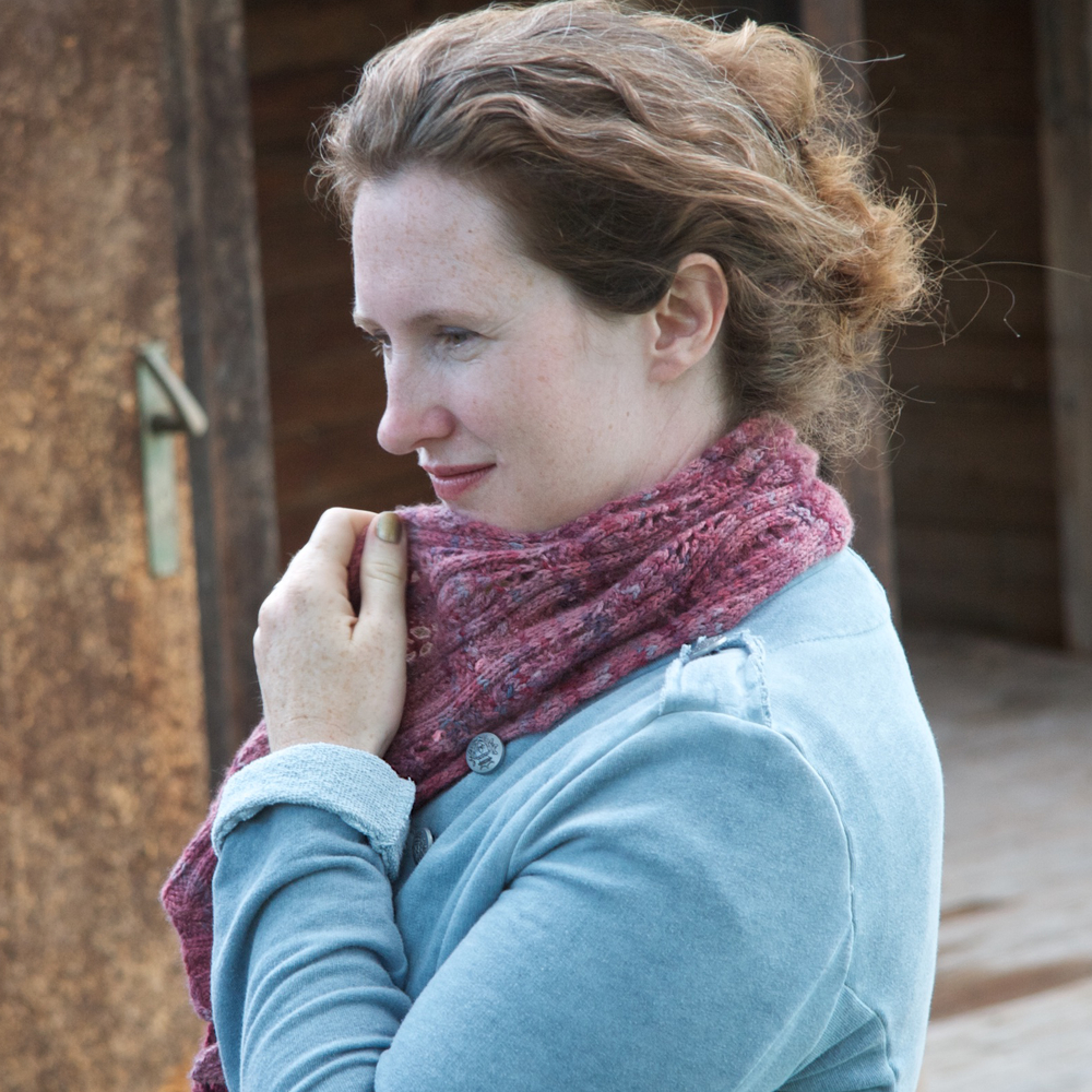 Konstanz  is a fully reversible ribbed lace scarf, worked in a luxury yarn (I recommend something around DK weight, but it's versatile) for ultimate indulgence. It can also be made as a cowl.   Buy now.