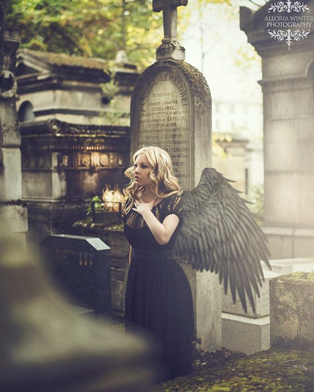 My haunting beautiful client flew to Paris to shoot her Bridals in Versailles not before her desire to be immortalized in Cimetiere Du Pere Lachaise #paris #cemetery #haunting #alloriawinterenchantedcloset #alloriawinter #parisianchic #jetset