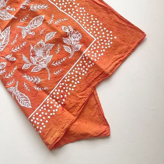 @northpluswestco just came out with fresh new hand-dyed bandanas with my design and they are perfect! Here's a color I'm swooning over with that red/orange prettiness 🍊