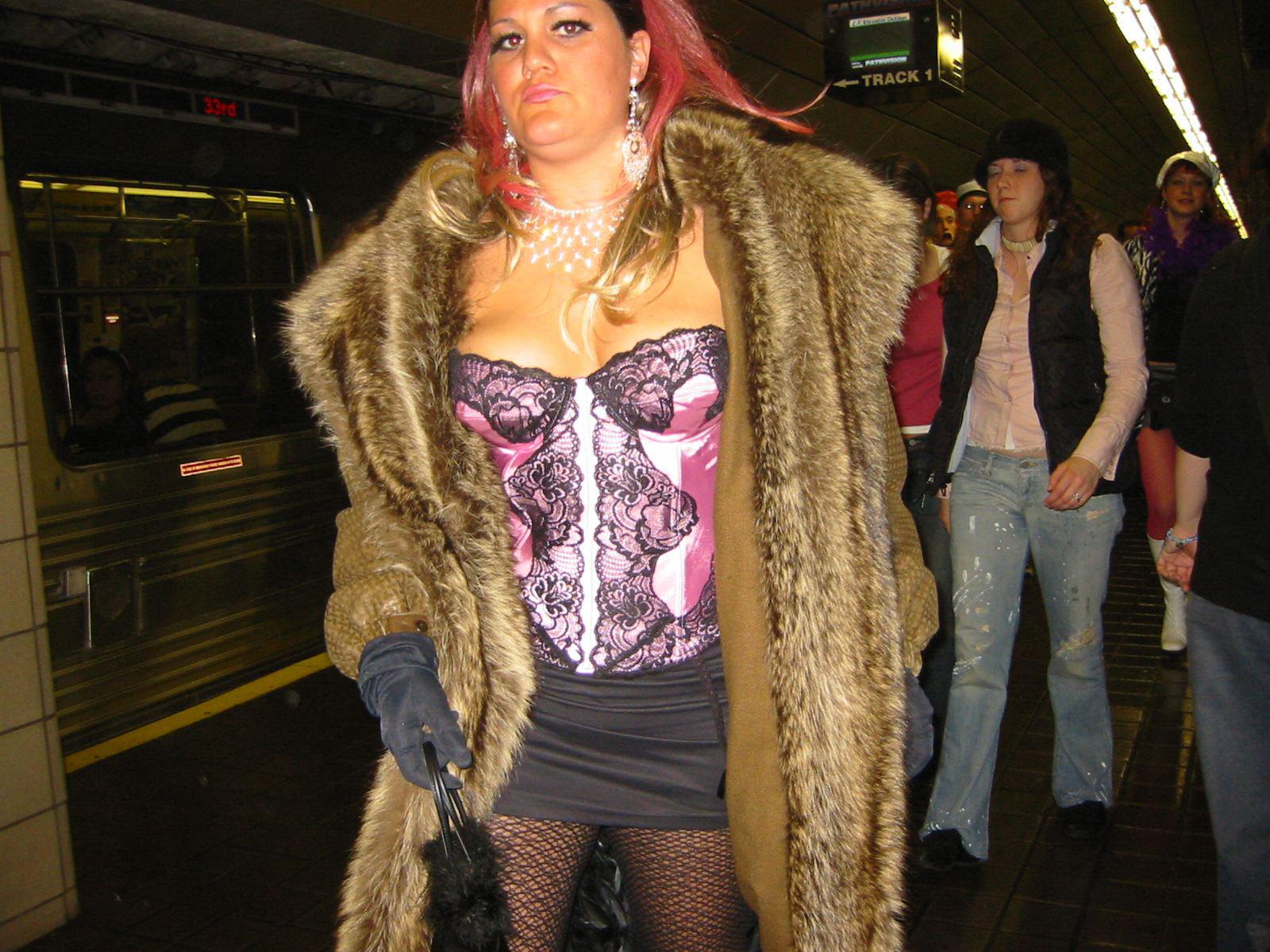 P-train-Halloween-2003.jpg