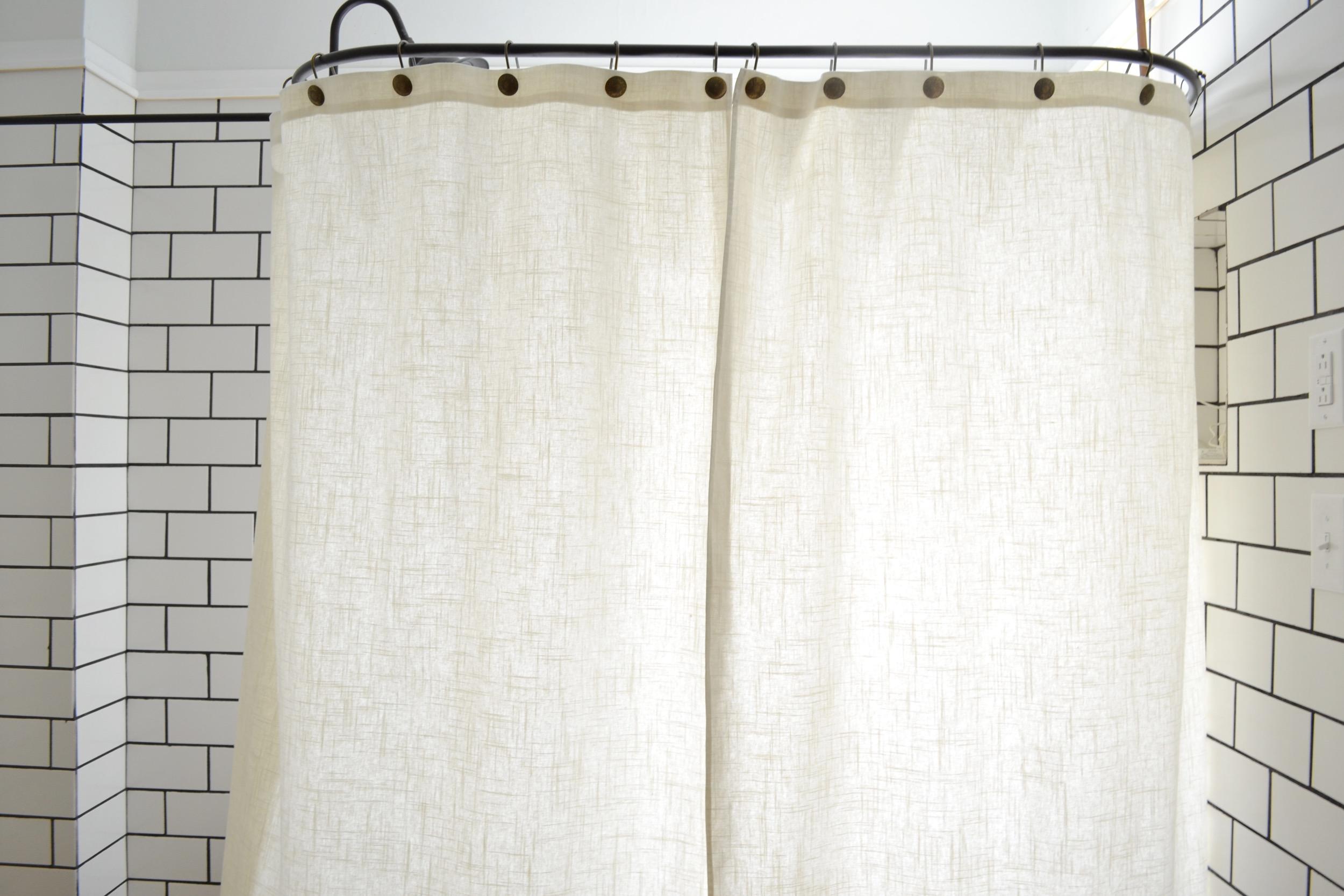 A Diy Clawfoot Tub Shower Curtain For Your Clawfoot Tub Shower