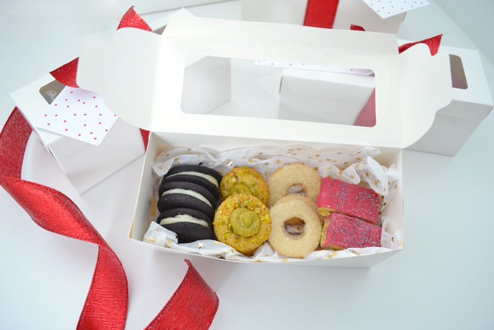 Christmas Cookie Gift Packaging And A Recipe The White Apartment