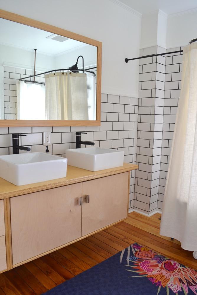 Clawfoot-tub-shower-curtain-liner2.jpg