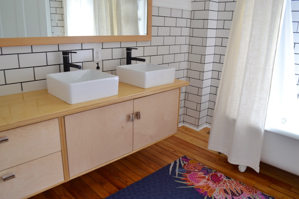 Clawfoot-tub-shower-curtain-liner1.jpg