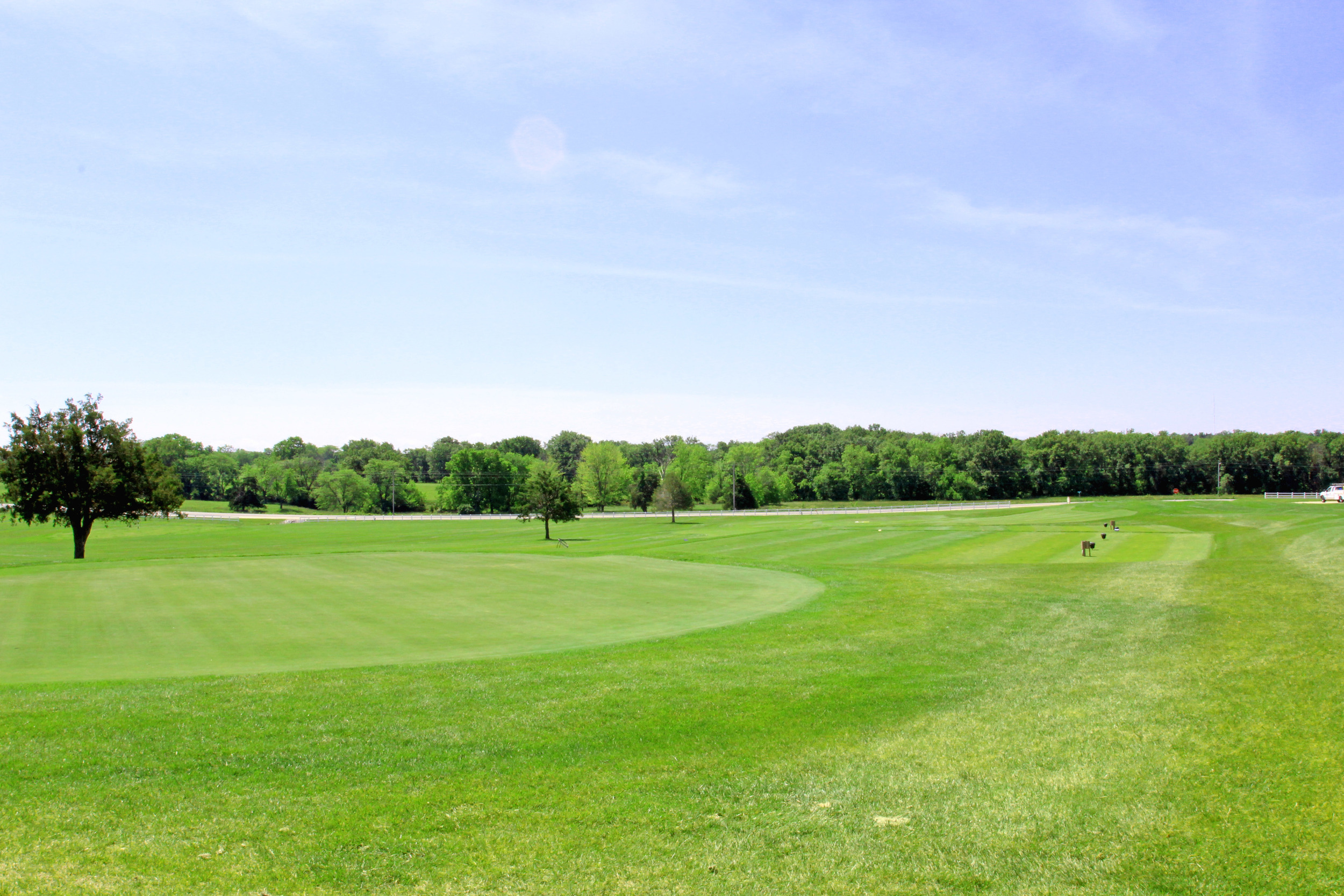 old-hawthorne-new-home-community-golf-course-putting-green-columbia-mo-girard-homes