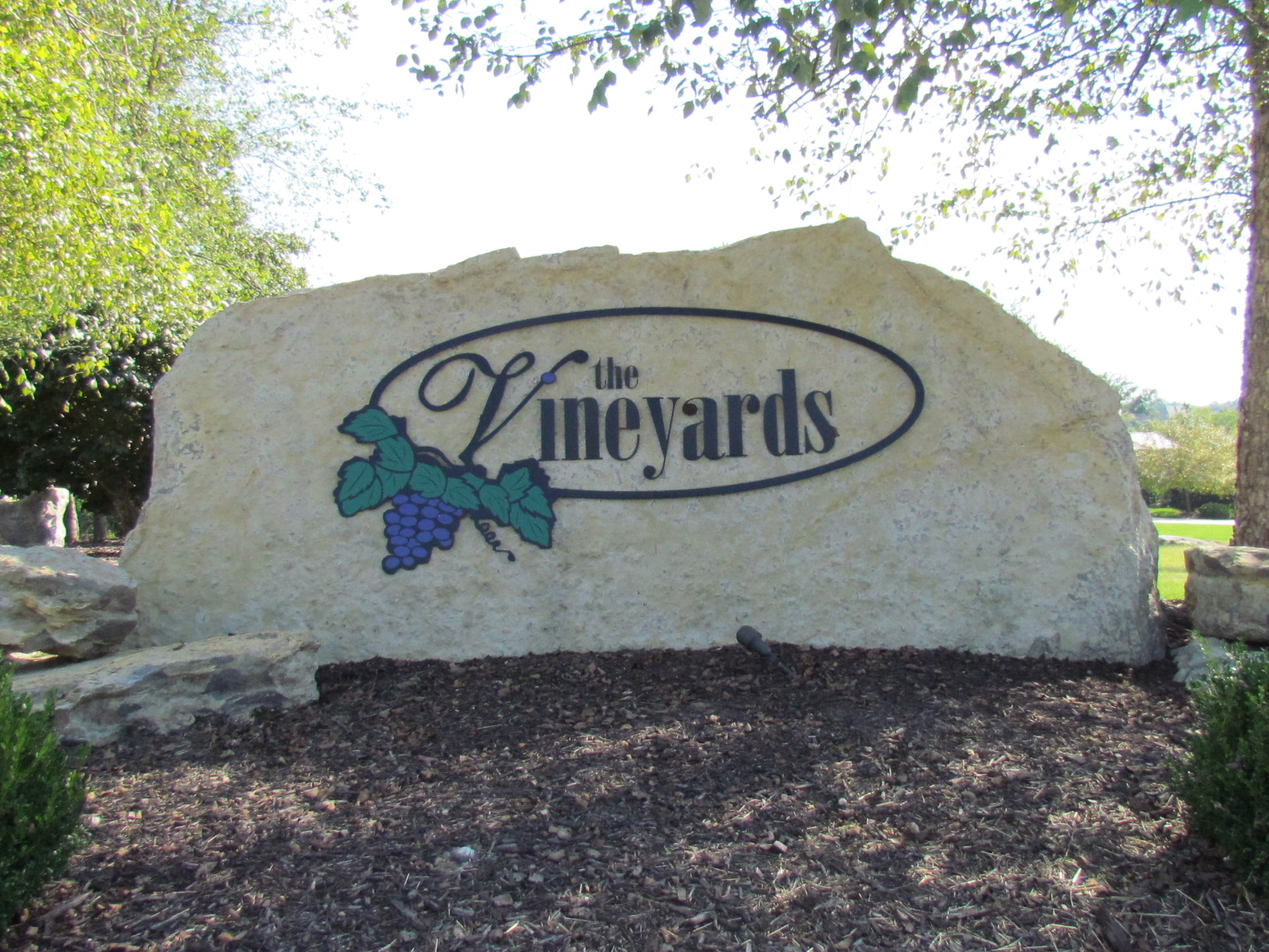 the-vineyards-new-home-community-columbia-mo-girard-homes