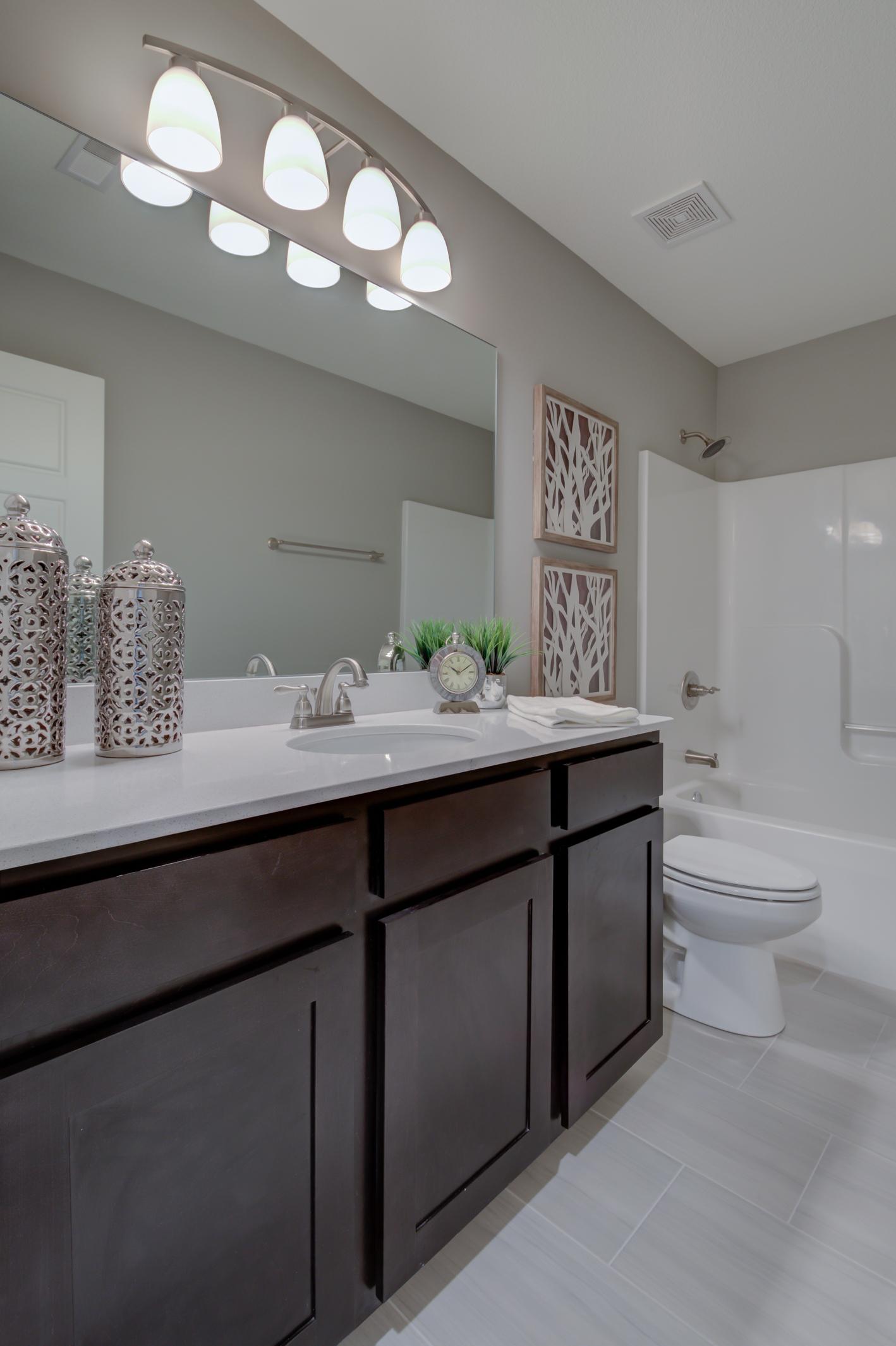 Secondary_Bathroom_Home_For_Sale.jpg