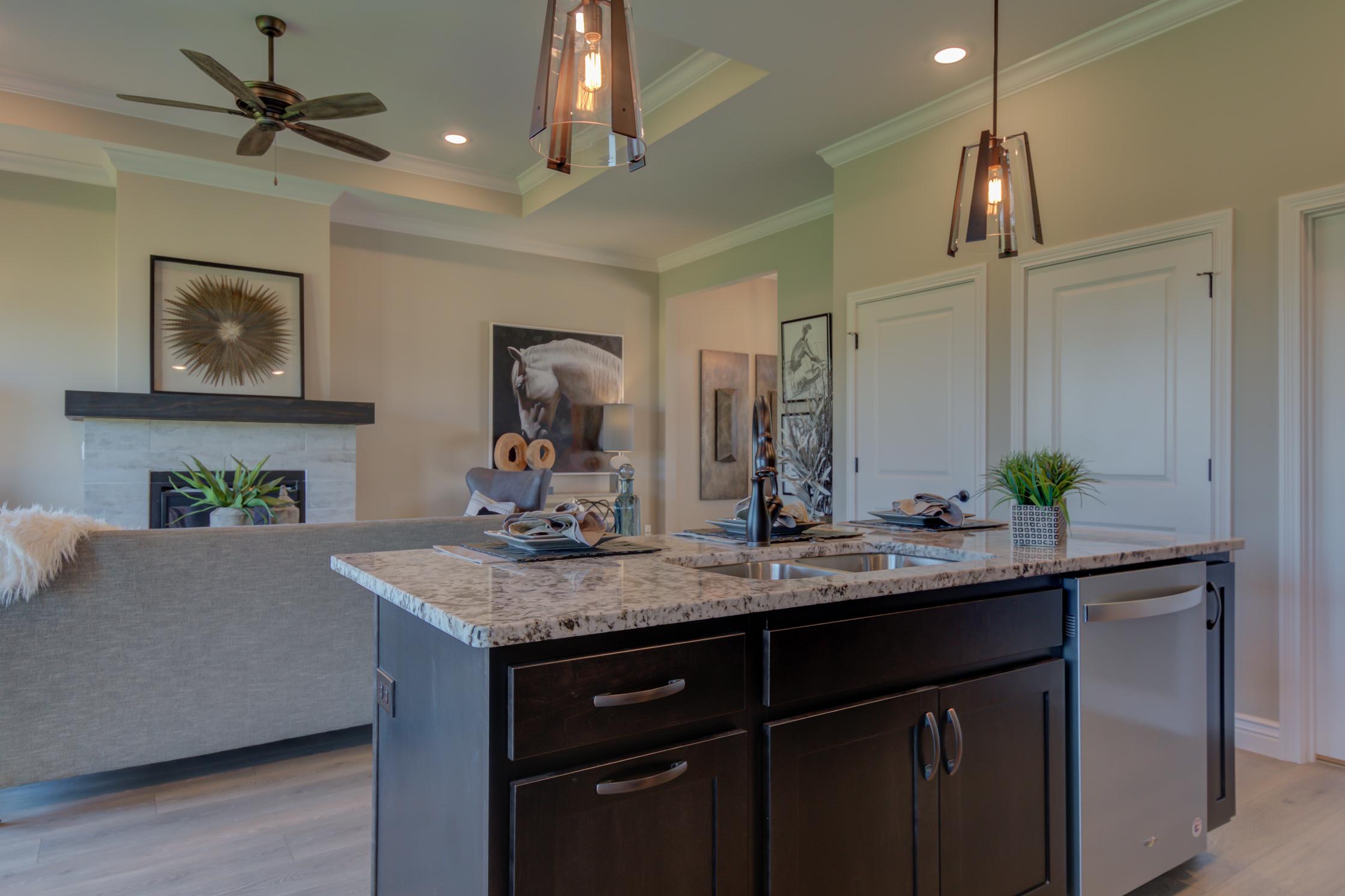 Kitchen_Island_Breckenridge.jpg