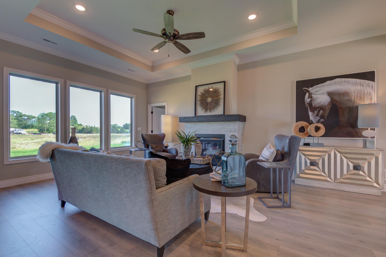 Living_Room_Home_Builder.jpg