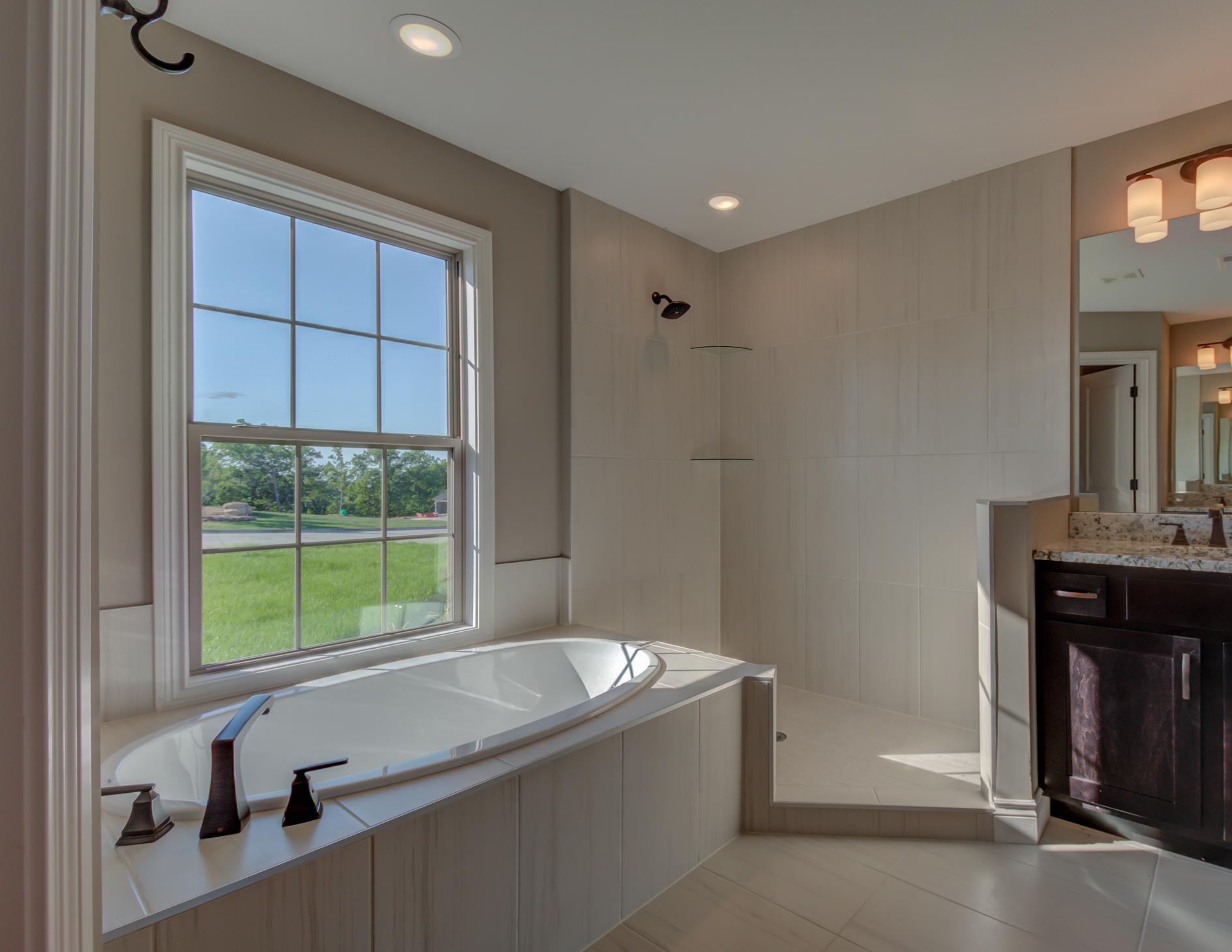 Master_Bathroom_Home_Builder.jpg
