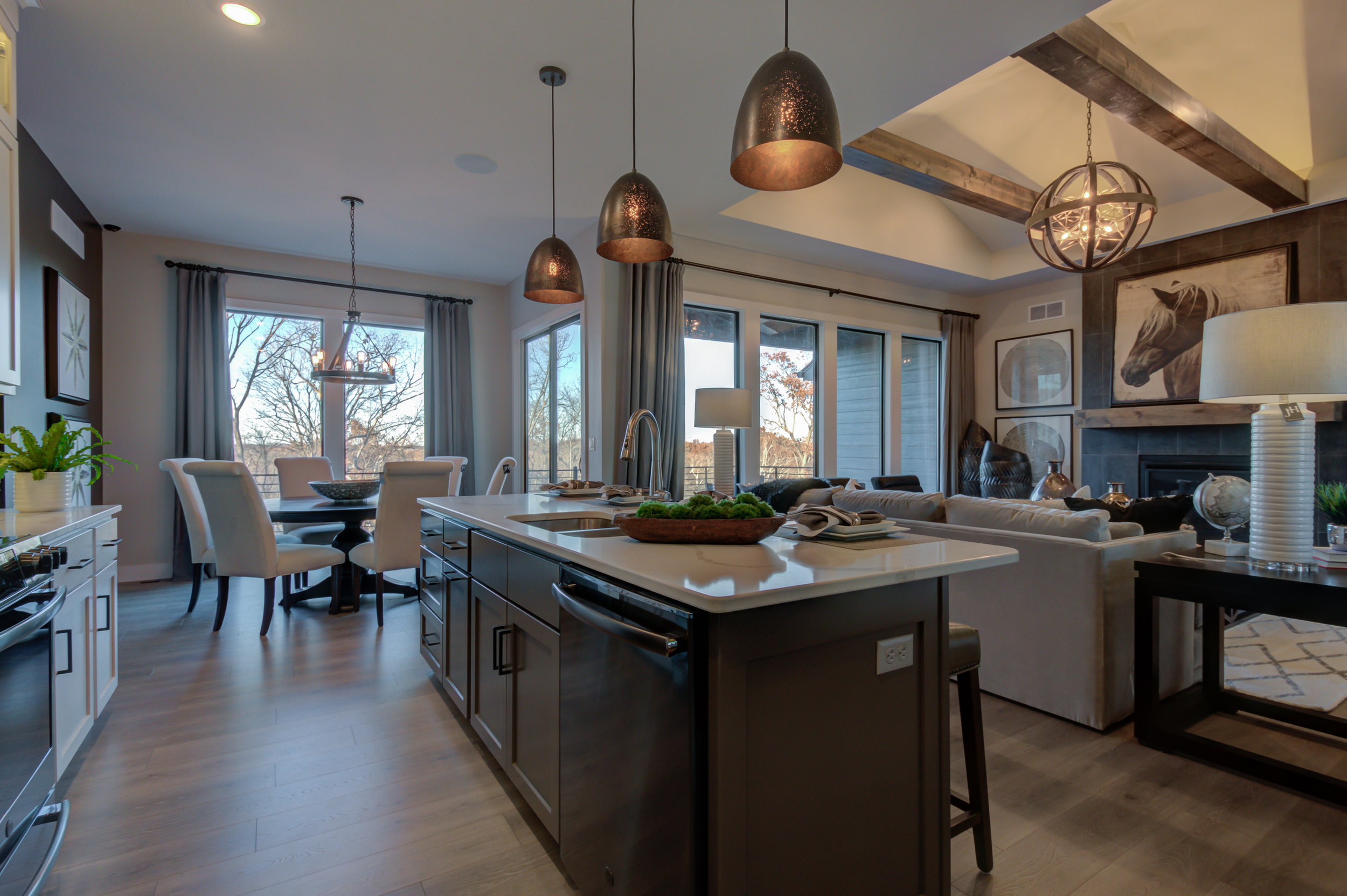 501 Red Feather Ct-32.jpg