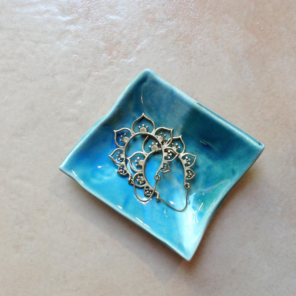 elnaz nourizadeh handmade ceramic dish falling for florin