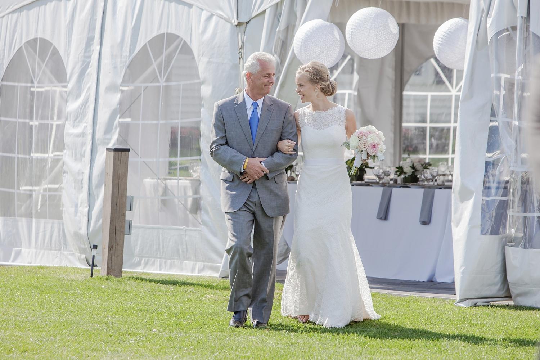 sueannstaff-wedding_0010.jpg
