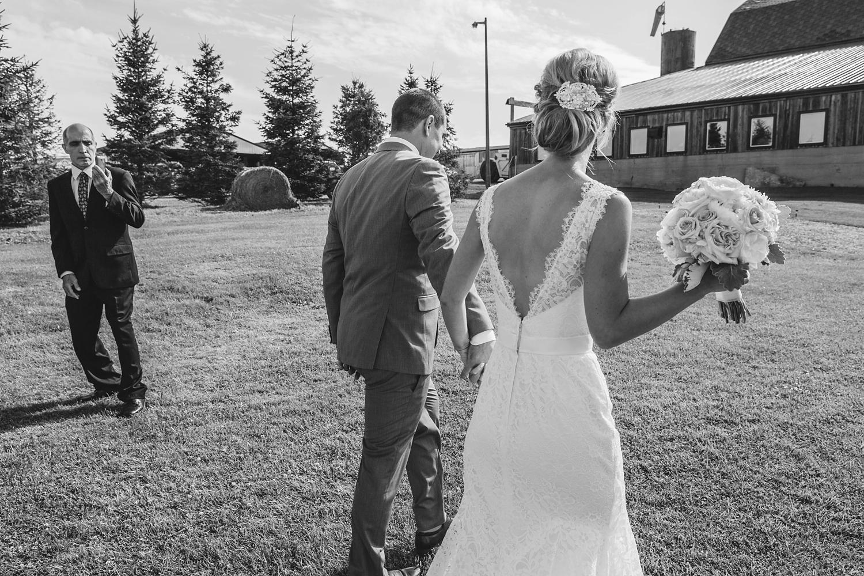 sueannstaff-wedding_0014.jpg