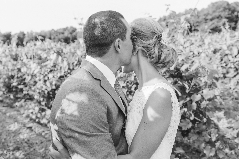 sueannstaff-wedding_0037.jpg
