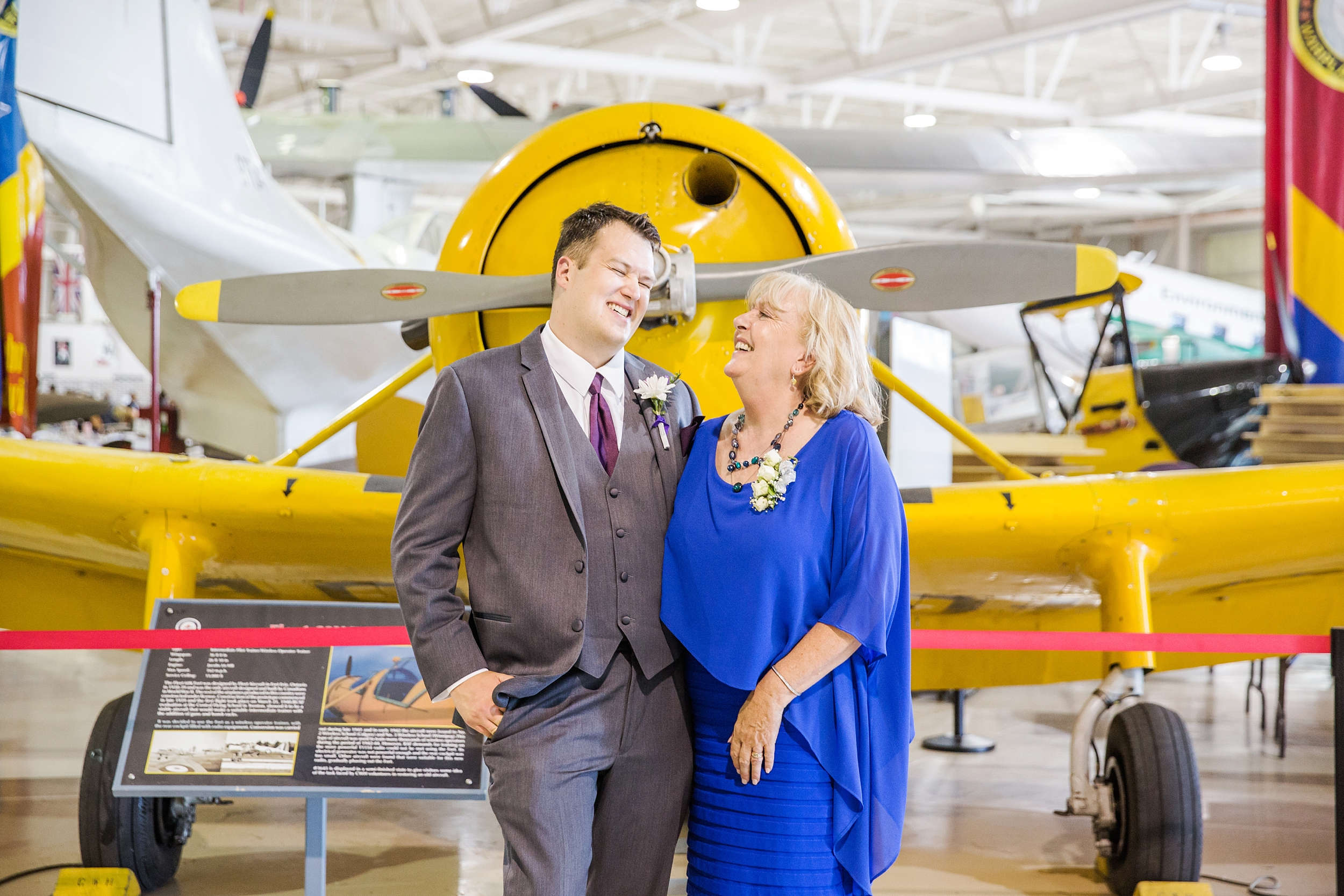 hamiltonwarplanemuseum-wedding_0033.jpg