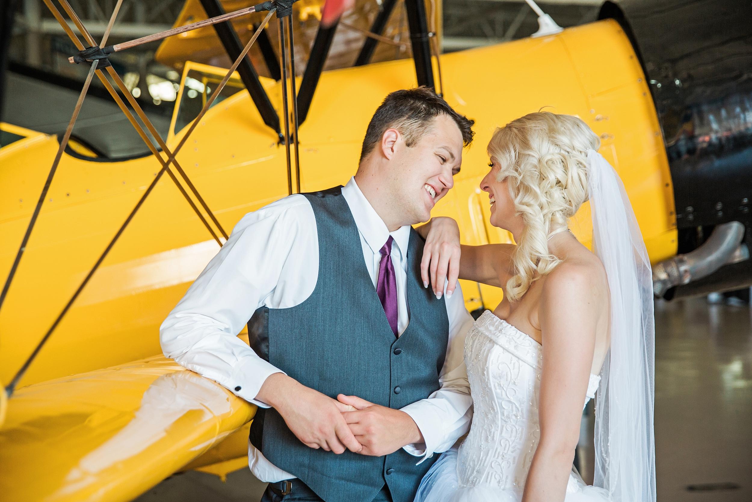 hamiltonwarplanemuseum-wedding_0048.jpg
