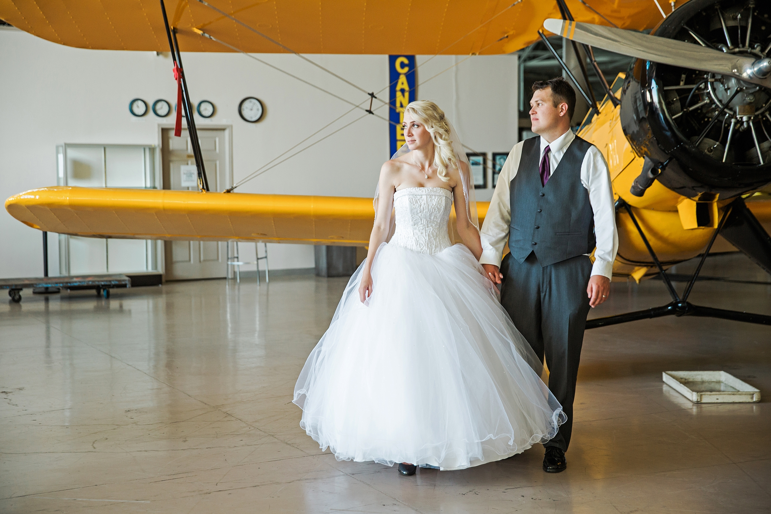 hamiltonwarplanemuseum-wedding_0051.jpg