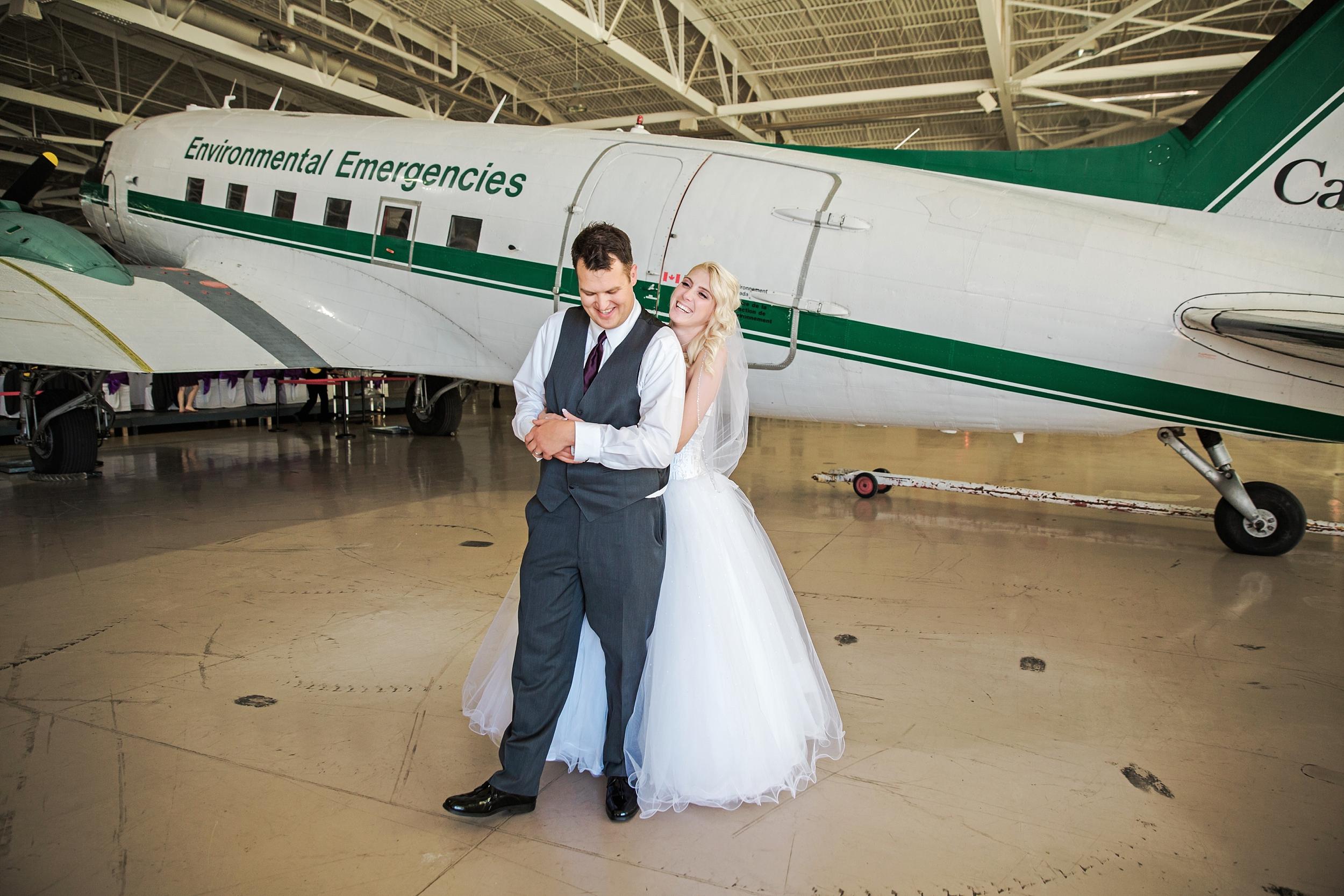 hamiltonwarplanemuseum-wedding_0057.jpg