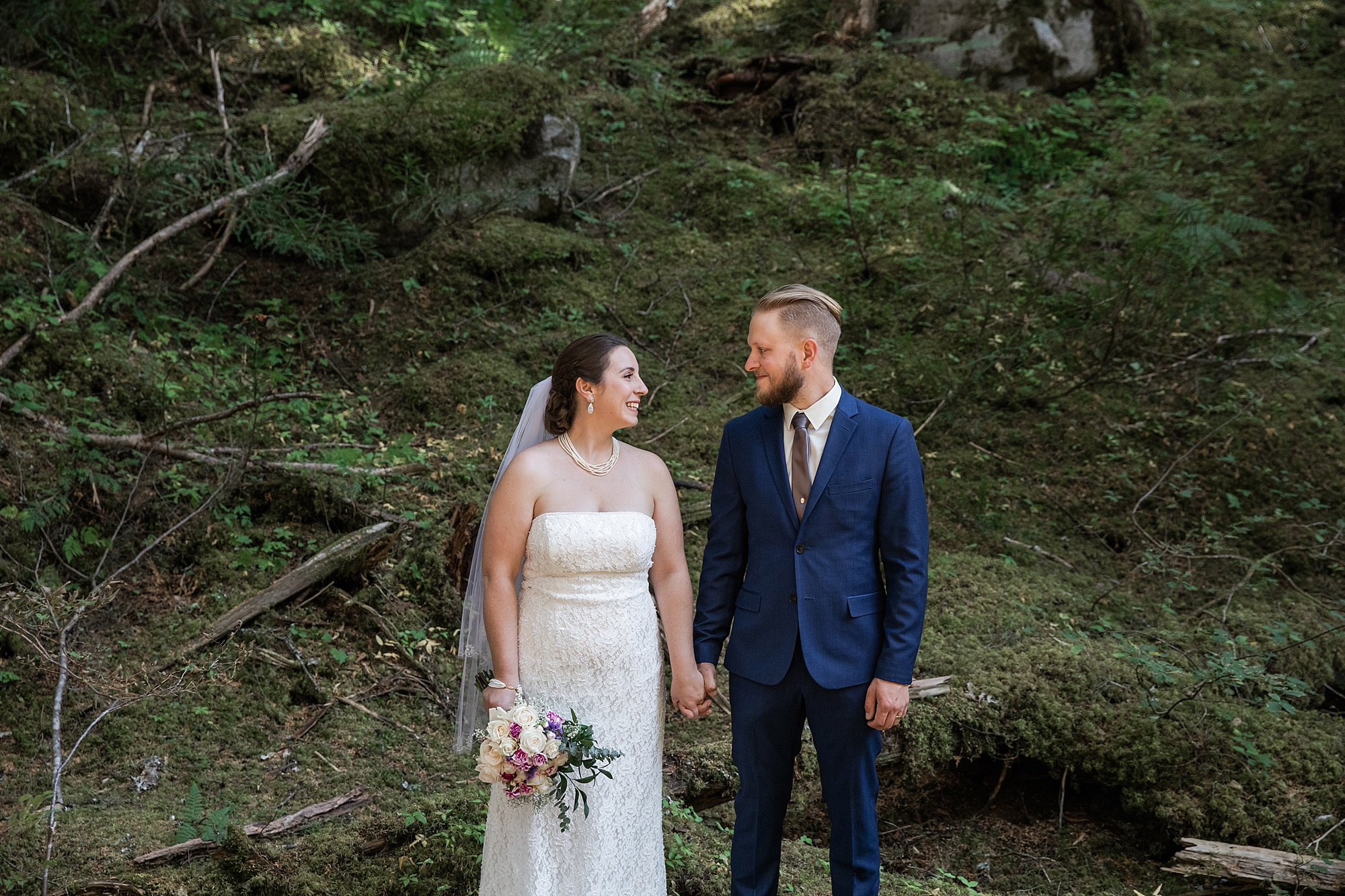 nakusp-wedding-photographer_0043.jpg