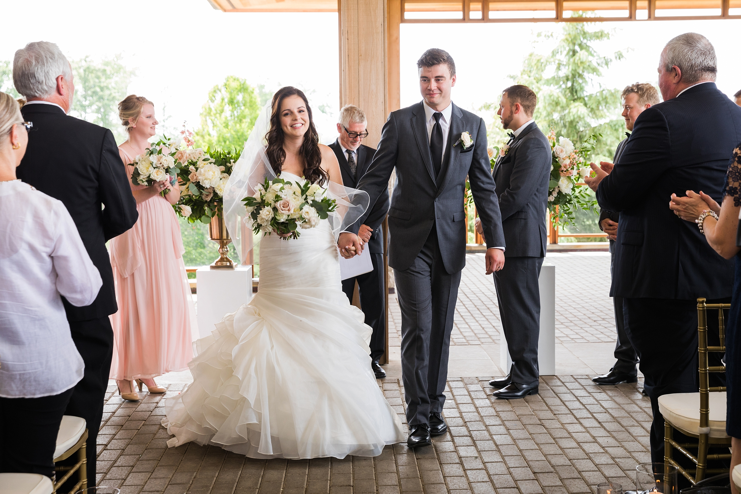 legendsontheniagara-wedding_0022.jpg