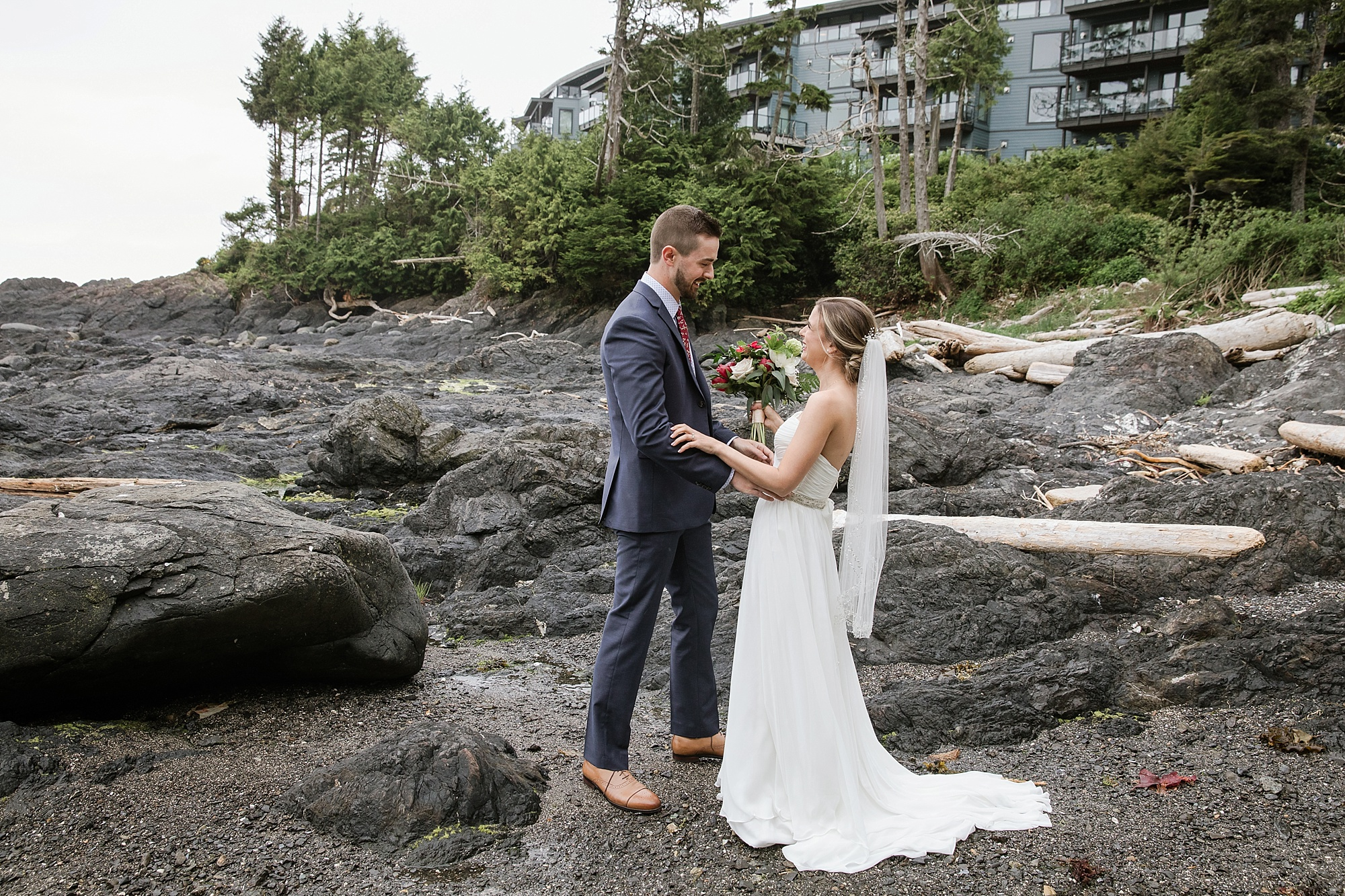 blackrockoceanfrontresort-wedding_0038.jpg