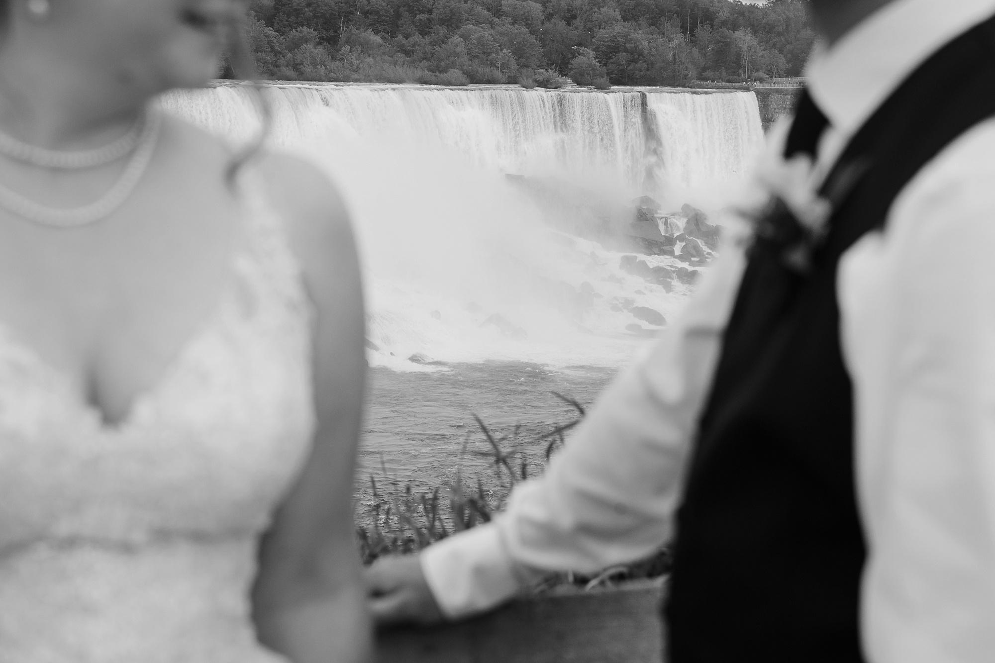 niagarafalls-weddingphotography_0057.jpg
