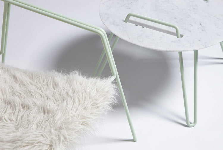 h 620 x l 700 x W 700 mm metal stRuctuRe anD sYnthetic FuR