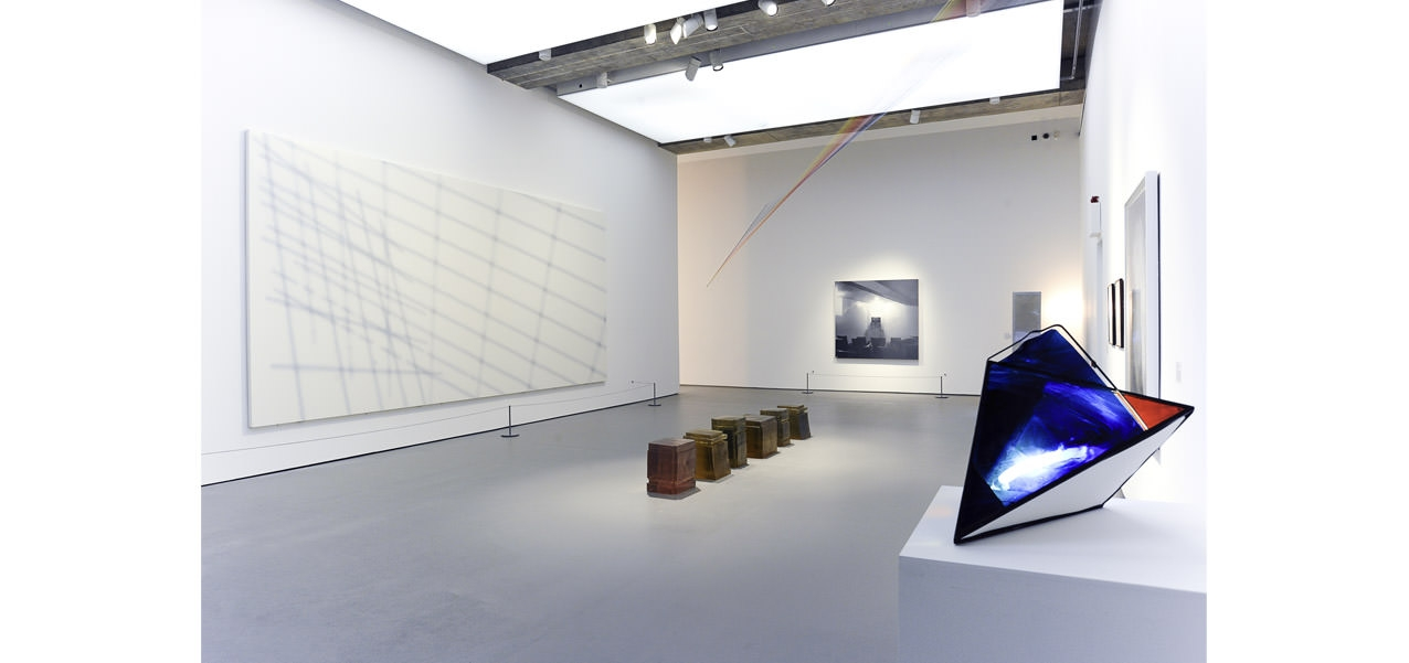 A-Certain-Kind-of-Light-at-Towner-Art-Gallery-installation-view-es.jpg
